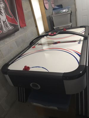 Air hockey table. for Sale in Port Monmouth, NJ