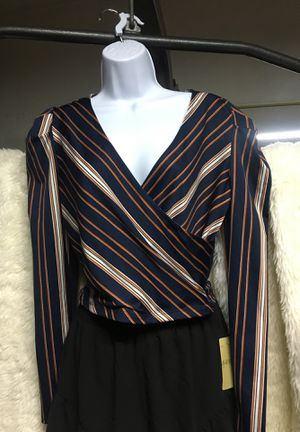 Large long sleeve top for Sale in San Gabriel, CA
