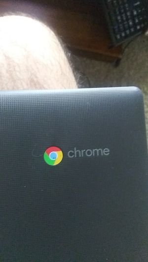 Lenovo Chromebook s330 for Sale in Strongsville, OH