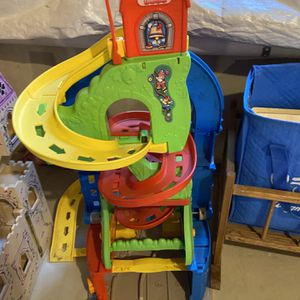 Fisher-Price Little People Sit 'n Stand Skyway for Sale in Clarence, NY