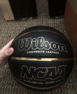Wilson basketball gold and black for Sale in Altamonte Springs, FL