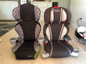2 seatbelt Booster Car Seat ~ Graco & Evenflo for Sale in West Palm Beach, FL