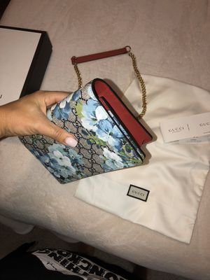 Gucci Mini Bag/Wallet Chain NEW - REAL for Sale in Windermere, FL