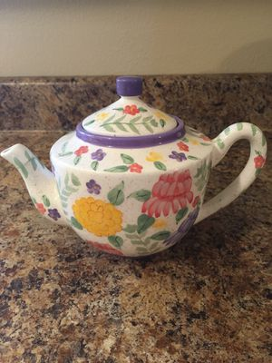 Hand painted tea kettle for Sale in Stevensville, PA
