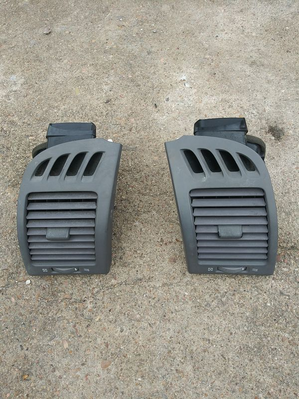 2002-2006 Toyota Camry ac air vents PAIR LEFT & RIGHT GRAY COLOR