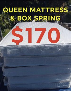 QUEEN MATTRESS SET for Sale in Inglewood, CA