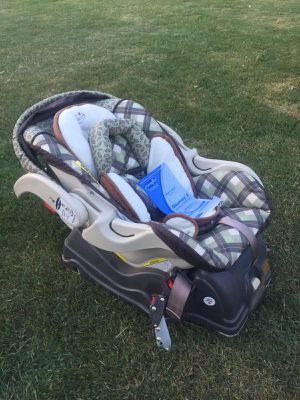 Baby car seat for Sale in Simpsonville, SC
