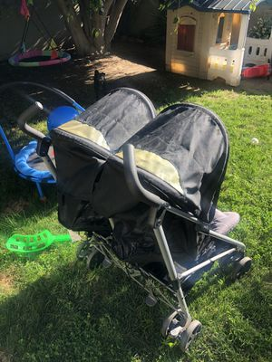 Evenflo double stroller for Sale in San Diego, CA