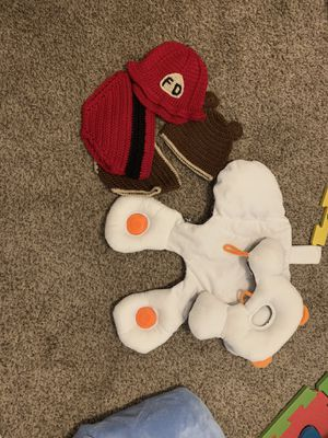 Baby car seat pillows and cute hat and bottoms for Sale in Jacksonville, NC