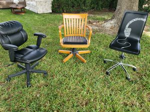 Office chair for Sale in Houston, TX