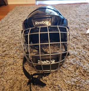 Reebok youth hockey helmet for Sale in Woonsocket, RI