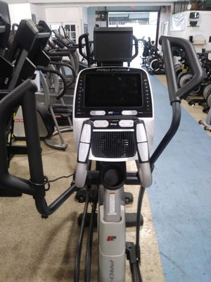 Proform 1520e Elliptical for Sale in Los Angeles, CA