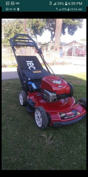 Lawnmower brand new new new self propelled toro recycler 6.75 hp its new in excellent conditions for Sale in Bell Gardens, CA