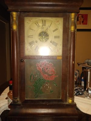 Seth Thomas mahogany pillar clock for Sale in Mesquite, TX