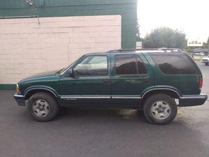 96 Chevy Blazer 4 WD for Sale in Tacoma, WA
