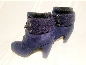 Blue Winter Snow Boots Booties Heels 9 NEW for Sale in San Diego, CA