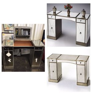 Butler Celeste Mirrored Vanity (REDUCED PRICE) for Sale in Stafford, TX