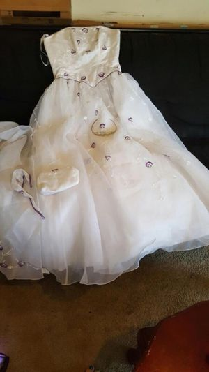 Wedding dress / prom dress / sweet 16 dress for Sale in Baltimore, MD