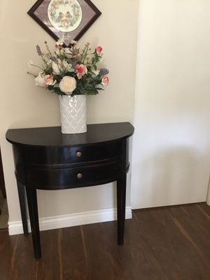 Half Moon Console Table for Sale in Tampa, FL