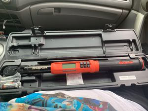 Electronic torque-angle wrench for Sale in Lake Wales, FL