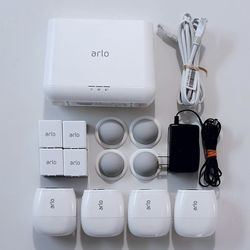 Arlo Pro 2 4-Camera System Indoor/Outdoor Wireless 1080p Security System for Sale in Orlando,  FL