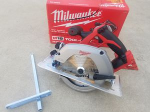 M18 Milwaukee circular Saw Tool only Brand NEW for Sale in Bakersfield, CA