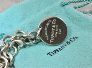 "TIFFANY AND CO - STERLING SILVER ""Return to Tiffany"" Round Bracelet 7' 925 Beautiful 😉👌 for Sale in Lutz, FL"