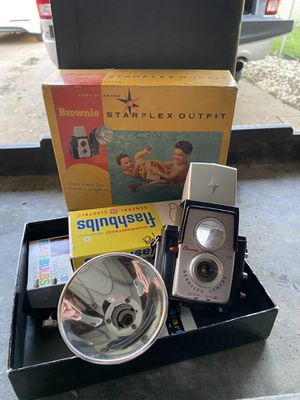 Kodak Brownie starflex outfit camera for Sale in Elk Grove Village, IL