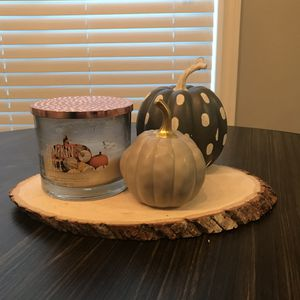 Pumpkin decor with wood tray for Sale in Gresham, OR