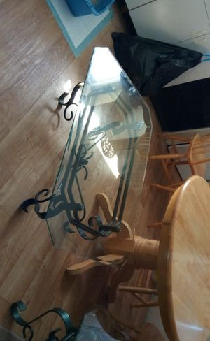 Coffee table and end tables for Sale in Watsonville, CA