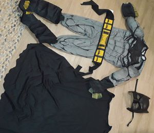 Size 5t toddler batman costume for Sale in Renton, WA