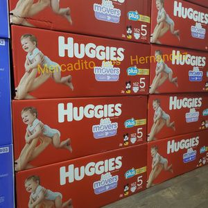Huggies Diapers Size 5 Nuevos en Caja / 162pcs Firm Price / Pickup Only for Sale in Los Angeles, CA