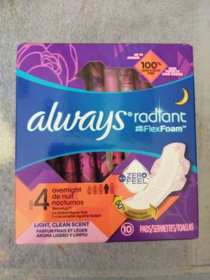 Always pads size 4 for Sale in Victorville, CA