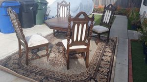 Free table set with carpet for Sale in Cypress, CA