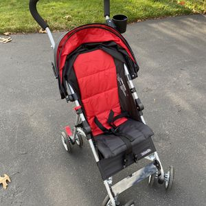 Kolcraft Cloud Stroller Red Like New for Sale in Stoughton, MA