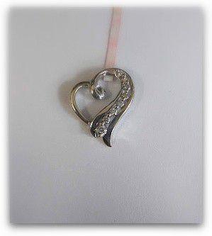 Glamorous Swirl Heart Pendant for Sale in San Diego, CA