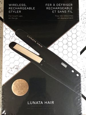 Lunata Wireless Rechargeable Hair Straightener/Styler for Sale in Los Angeles, CA