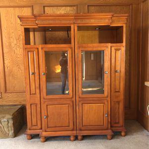 Book Shelf Cabinet for Sale in Garland, TX