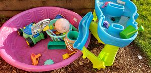Free outdoor toys for Sale in Aurora, OR