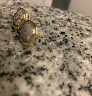 Real diamond earrings for Sale in Miami, FL