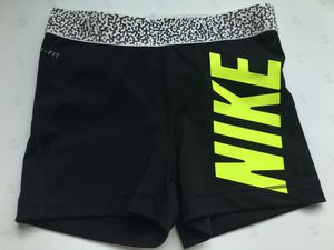 Nike shorts size S for Sale in Miami, FL