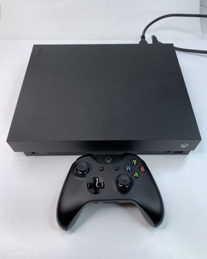 Xbox One X 1TB w/ Controller for Sale in Roseville, CA