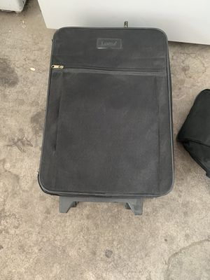 Luggage with duffle bag for Sale in Las Vegas, NV
