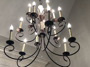 Beautiful like new high quality entry way iron chandelier farm house rustic lighting with bronze color for Sale in Bothell, WA