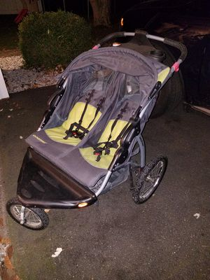 Baby Trend double jogging stroller for Sale in Mountainside, NJ