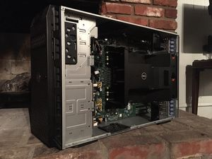 Dell T620 Server for Sale in Colton, CA