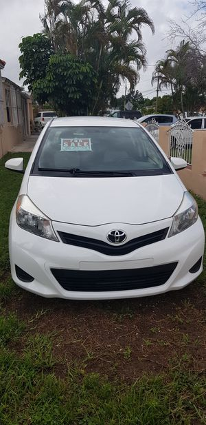 Toyota Yaris 2013 for Sale in Miami, FL