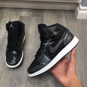 Jordan 1 size 6Y for Sale in Federal Way, WA