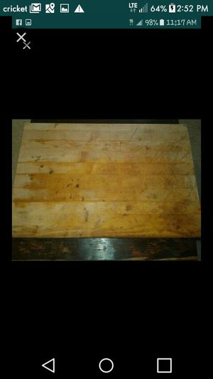 Very large cutting block 16inches x24inches for Sale in Cleveland, OH