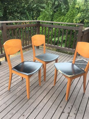 Used Dining Room / Kitchen Table 71x31.5x12 for Sale in Seattle, WA